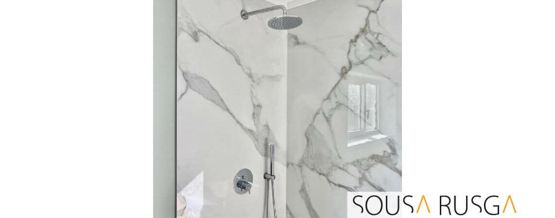 Este moderno sistema de duche é pura elegância. Há quem resista?
